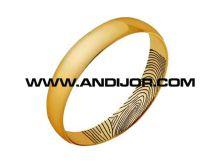 Unos anillos de boda muy personales la tienda de paco